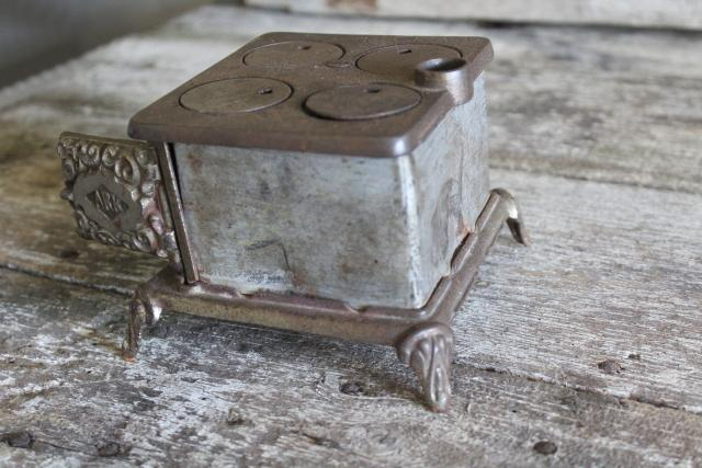 antique cast iron toy stove Ark wood stove, Arcade novelty or saleman's sample
