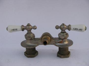 Antique Claw Foot Bath Tub Vintage Faucet W Porcelain Teardrop Taps