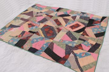 antique early 1900s vintage crazy quilt w/ hand stitched patchwork & embroidery