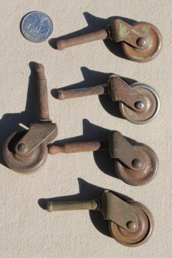Exceptionnel Antique Furniture Casters W/ Steel Wheels, Assorted Rusty Old Metal Wheels  Vintage Hardware