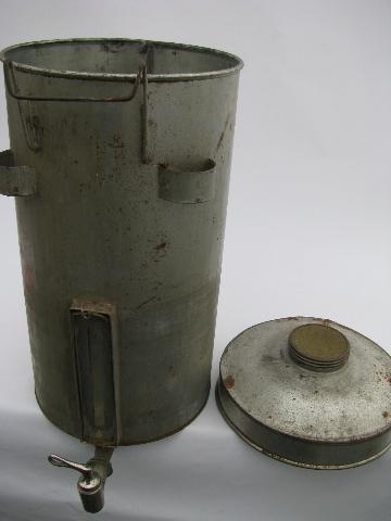 Antique Gravity Cream Separator