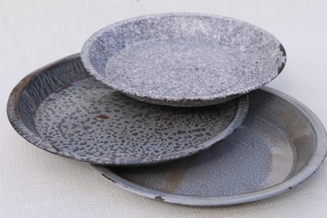 Antique Grey Graniteware Enamel Pie Pans Or Camp Plates Vintage Enamelware