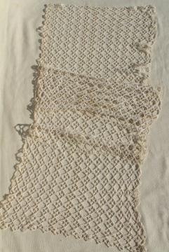 antique handmade lace table runner, early 1900s vintage tatting, tatted lace