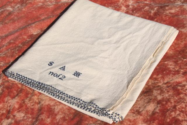 Attractive Antique Homespun Wool Blanket, 1800s Vintage Shaker Hand Woven Coverlet W/  Blue Embroidery