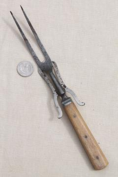 antique meat fork w/ old bone handle, 1800s vintage game or roast carving fork
