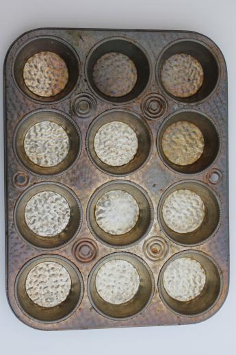 how to clean old muffin tins