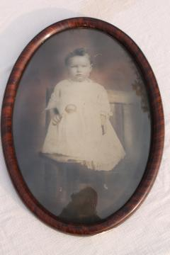 antique oval domed convex glass picture frame w/ vintage photo portrait baby long white dress