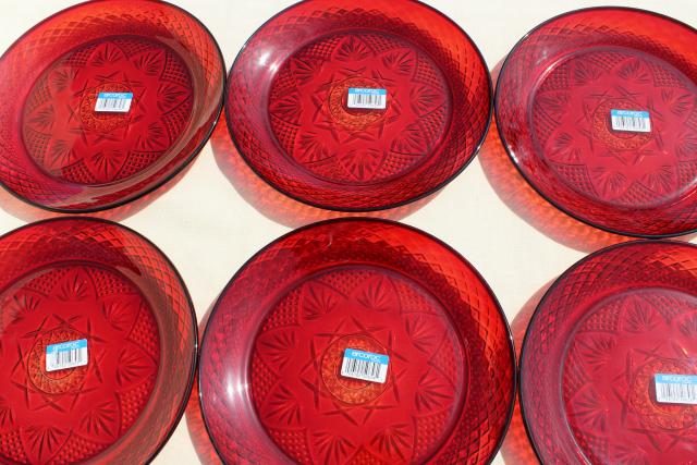 antique ruby red pattern Cristal d\u0027Arques Arcoroc dinner plates set of six & ruby red pattern Cristal d\u0027Arques Arcoroc dinner plates set of six