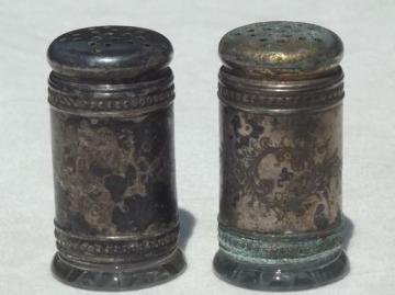 antique silver shaker set w/ glass jars, salt & pepper shakers dated Oct 31 1893