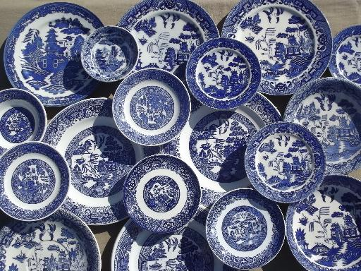 Antique Vintage Blue Willow China Shabby Old White Plates Bowls