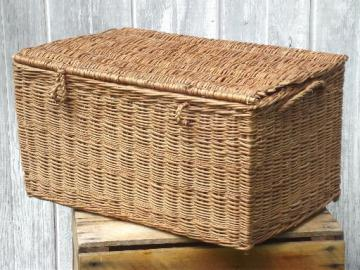 antique wicker basket, picnic provisions hamper 1920s or 30s vintage