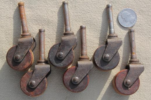 Charmant Antique Wood Wheel Casters, Old Wood Caster Furniture Wheels, Large Lot Of  40