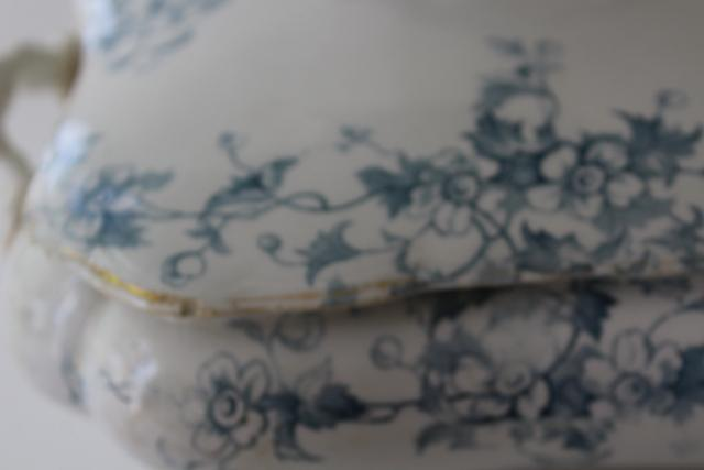 aqua blue Anemone pattern antique English transferware china covered bowl or tureen
