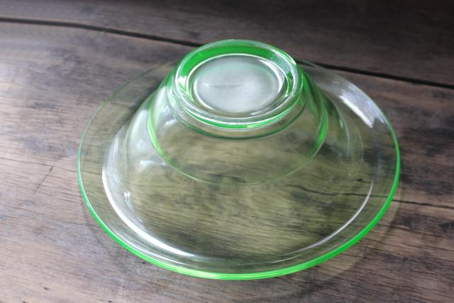 art deco vintage uranium glass flower bowl, 1930s green depression glassware