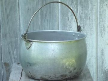 big old aluminum jelly kettle or camping cook pot w/ wire bail handle