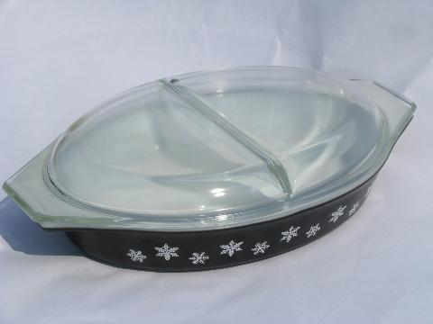 Black Amp White Snowflake Vintage Pyrex Divided Casserole