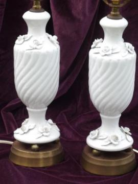 blanc de chine urns w/ white roses pair of 1950s vintage table lamps
