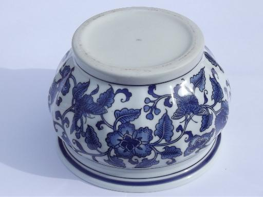 Blue And White China Jardiniere Vintage Chinoiserie Flower