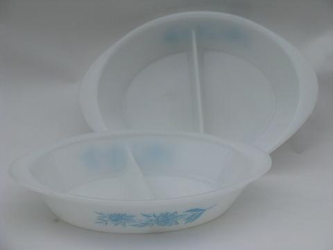 blue floral pattern vintage Glasbake kitchen glass ovenware pans
