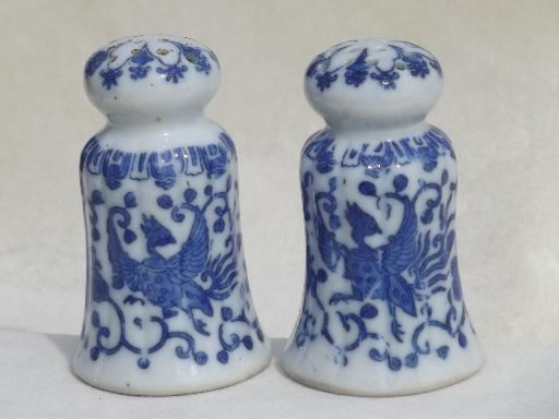 blue & white Phoenixware china salt and pepper shakers, vintage Japan