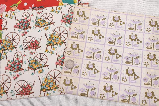Vintage Christmas Wrapping Paper For Sale
