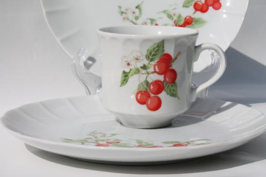 cherries print china snack sets Toscany marischino cherry tea cups w/ plates & cherries print china snack sets Toscany marischino cherry tea cups ...