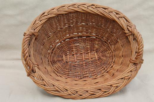 child's size vintage wicker laundry baskets for washing doll clothes on wash day