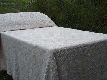 vintage chenille bedspreads, candlewick spreads etc.
