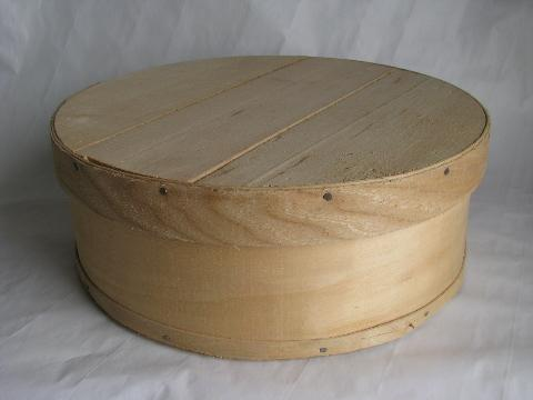 Country Primitive Old Wood Band Box Vintage Round Wooden Cheese Box