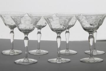 crystal clear vintage Seneca glass champagne glasses, etched wheel cut daisy optic pattern