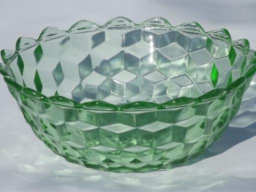 cube pattern green depression glass bowl, vintage Jeannette