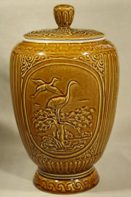cultural revolution vintage 1970s China ceramic ginger jar or urn w/ giant pandas