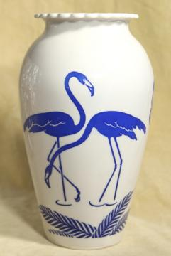 deco mid-century vintage flamingo birds vase, Anchor Hocking milk glass blue & white