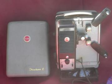 deco vintage Kodak Showtime 8 mm movie film projector brown bakelite