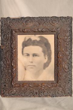 deep picture frame w/ lovely antique gesso decoration, vintage photo portrait