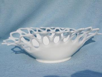 doric lace edge oval fruit bowl, vintage Westmoreland milk glass