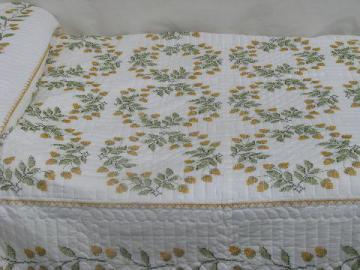 embroidered acorns, vintage album quilt cotton bedspread coverlet