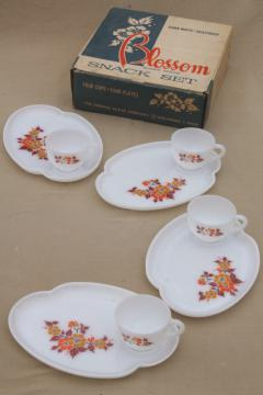fall flowers vintage milk glass snack sets, Blossom pattern Federal glass in original box