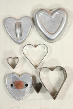 farmhouse kitchen primitive tin hearts, vintage heart shaped cookie cutters & mold