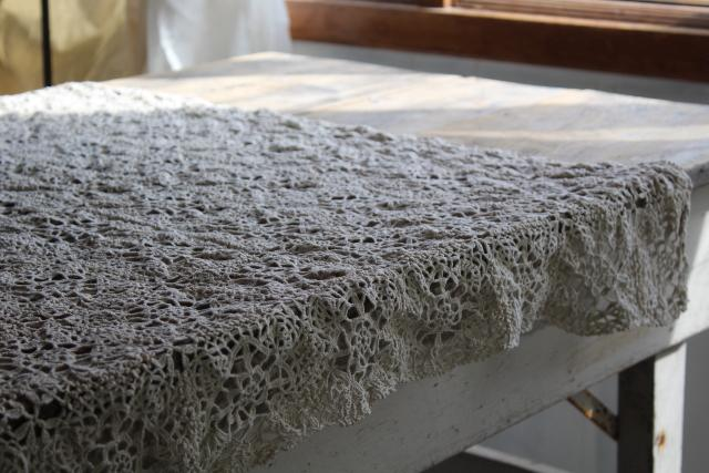 farmhouse table vintage handmade crochet lace tablecloth topper centerpiece mat