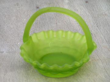 fenton green satin glass brides basket