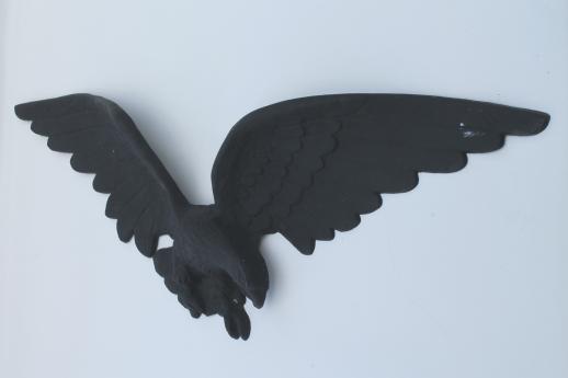Flying Eagle Vintage Plastic Wall Art Plaque W Faux Cast