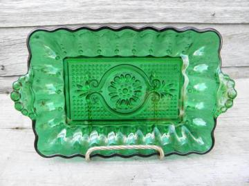 forest green butter plate or celery tray, bead edge sandwich glass