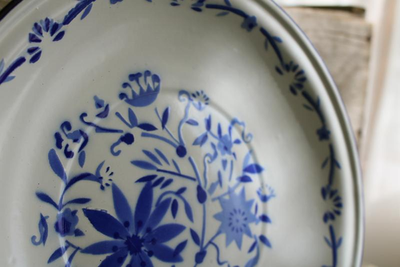 french country farmhouse style vintage enamelware plate w/ blue & white flowers
