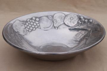 fruit pattern RWP Wilton Armetale serving / salad bowl, vintage pewter