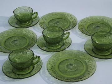 green daisy vintage Indiana glass plates, cups and saucers dishes set for 4