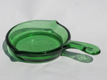 green depression glass skillet, salesman sample size carnival souvenir
