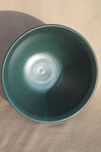 green glazed stoneware pottery bowl, large serving / mixing bowl Beaver Creek pottery