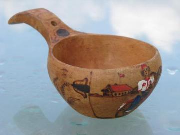 hand painted maple wood grain scoop, vintage Norway folk dipper