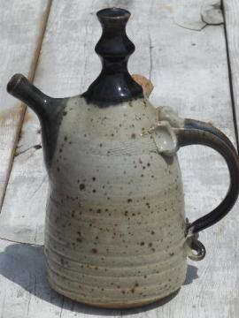hand-crafted stoneware oil jar lamp, Bear pottery primitive oil lamp